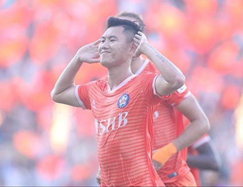 Phan Văn Long đã có trận đấu ấn tượng cho SHB.ĐN. Ảnh: Sông Hàn