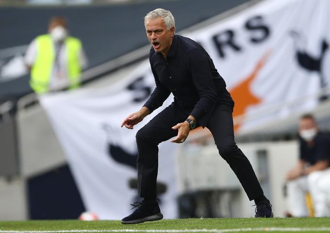 Mourinho đã đập tan chỉ trích bằng chiến thắng trước Arsenal