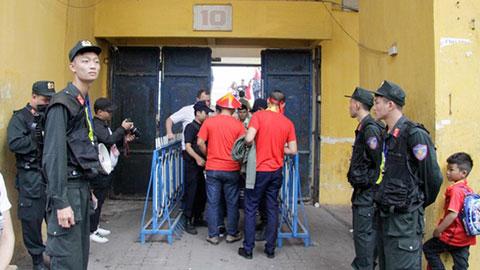 Cảnh sát hình sự tham gia bảo vệ trận Hà Nội gặp Hải Phòng