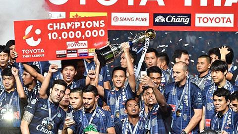 Cầu thủ Thái Lan đứng trước tình cảnh khốn khổ