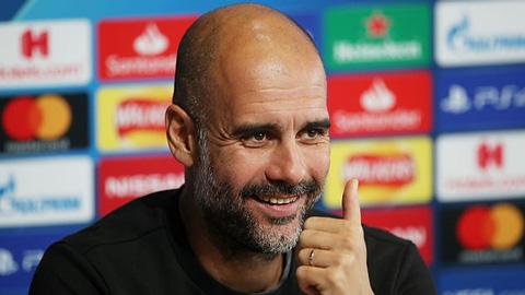 Thoát án phạt của UEFA, Man City lại bơm tiền giữ chân Guardiola