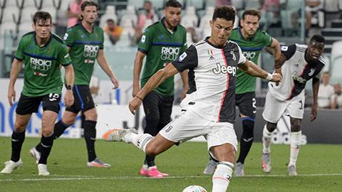 Juve không được 'thần penalty' ưu ái