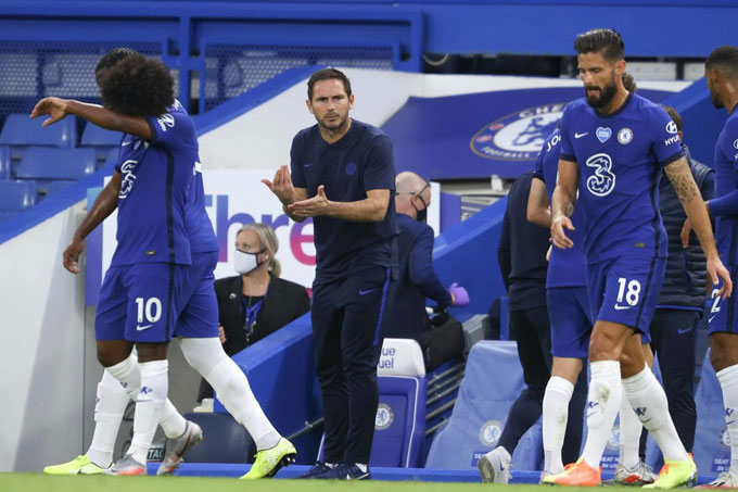 Lampard cần tìm ra cách để Chelsea không phải phụ thuộc vào các ông già như Willian hay Giroud