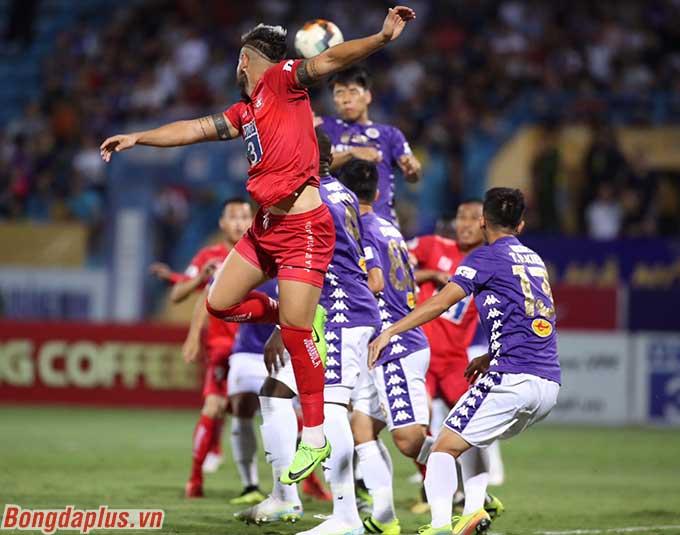 Trận đấu giữa Hà Nội và Hải Phòng diễn ra hấp dẫn