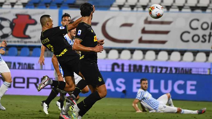 Sanchez ghi bàn thứ 3 cho Inter