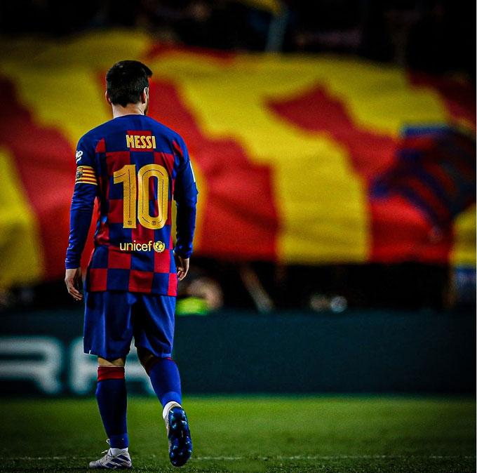 Nhưng mình anh là không đủ để mang danh hiệu về cho Barca