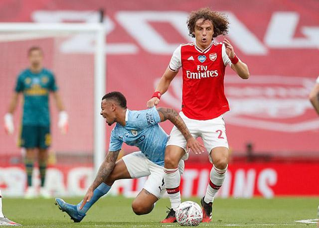David Luiz đã có 1 trận đấu ấn tượng
