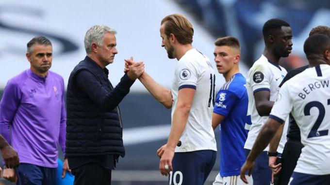 Mourinho ghi dấu ấn đậm nét trong chiến thắng của Tottenham trước Leicester