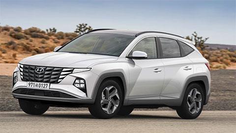 Hyundai Tucson thế hệ mới lộ ảnh nội thất đẹp không kém Mercedes S-Class