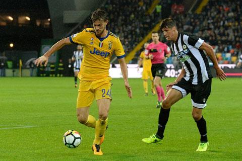 Udinese (phải) sẽ tận dụng lợi thế sân nhà để có điểm trước một Juve phải đá với đội hình chắp vá