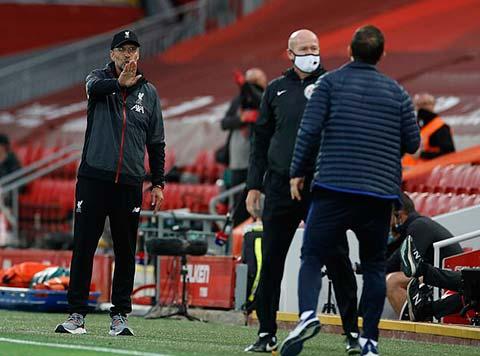 Lampard cực kỳ nóng lúc trên sân