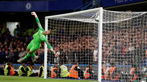 Hàng thủ lỏng lẻo khiến Chelsea phải nhận trung bình tới 1,45 bàn thua/trận