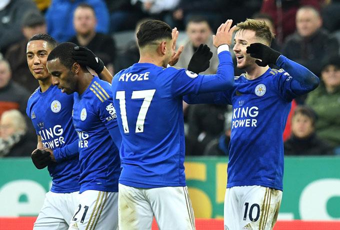 Leicester từng rất thăng hoa hồi đầu mùa nhưng nhanh chóng sa sút sau Giáng sinh