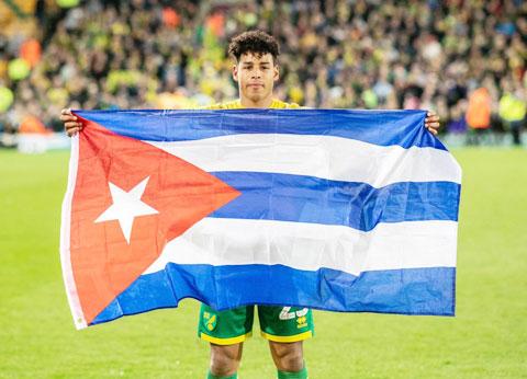 Onel Hernandez là cầu thủ Cuba đầu tiên chơi bóng ở Premier League