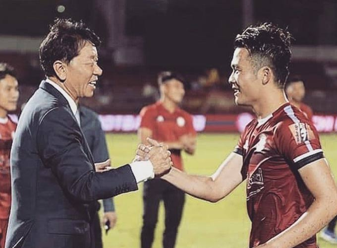 Các cầu thủ TP.HCM đều nuối tiếc khi chia tay HLV Chung