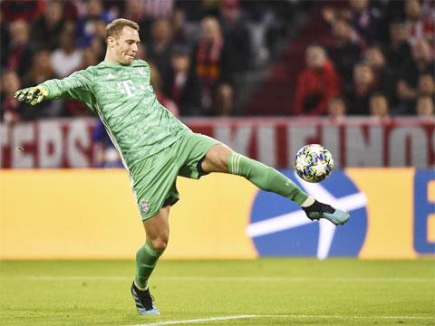 Manuel Neuer tự tin khẳng định bản thân hiện là thủ thành số 1 ở cả Bayern lẫn ĐT Đức