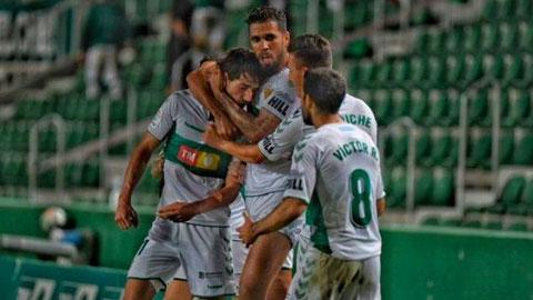 Elche thay Fuenlabrada đá play-off thăng hạng La Liga