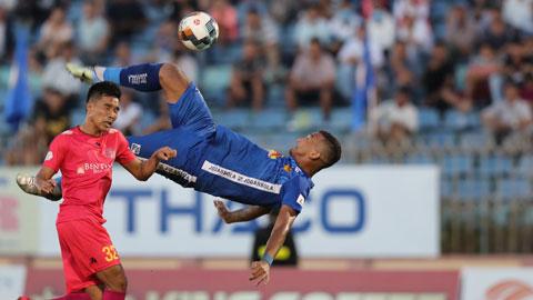 Tiền đạo của Quảng Nam được đề cử giải Puskas