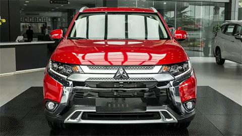 Mitsubishi Outlander 2.4 CVT 2020 ra mắt với nhiều nâng cấp, giá rẻ hơn 42 triệu, đe Honda CR-V, Hyundai Tucson