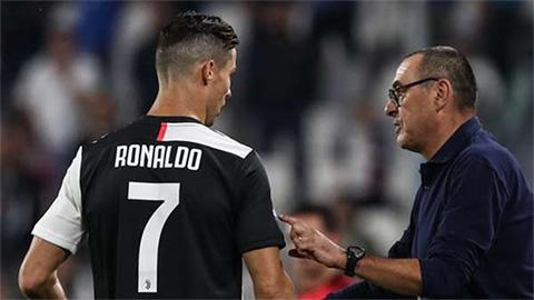 Dùng đội trẻ ở trận Juventus vs Roma, HLV Sarri sẽ khiến Ronaldo phật ý?