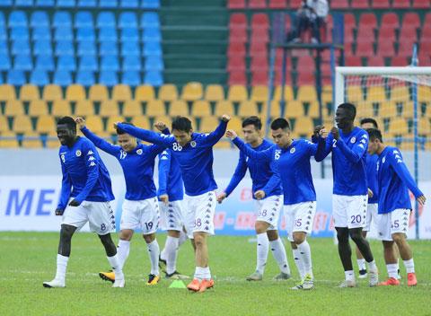 Các cầu thủ Hà Nội FC hào hứng tập luyện cho Cúp QG - Ảnh: Đức Cường