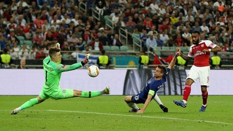 Lacazette (phải) sẵn sàng xé lưới Chelsea để giúp Arsenal có danh hiệu đầu tiên dưới thời HLV Mikel Arteta
