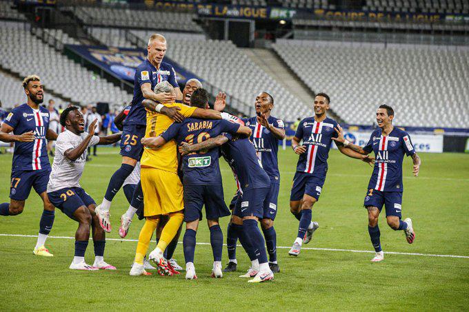 Thủ thành Navas cản phá cú penalty quyết định mang về chức vô địch cho PSG