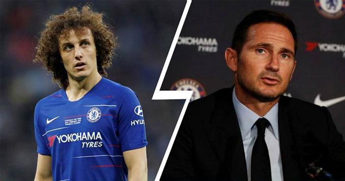 Luiz đã bị bán sang Arsenal không thương tiếc sau những màn trình diễn kém cỏi ở các trận giao hữu tiền mùa giải