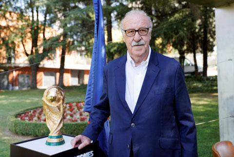 Sau chức vô địch World Cup 2010, HLV Del Bosque còn giúp Tây Ban Nha lên ngôi ở EURO 2012