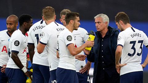 Tottenham kết thúc mùa giải ở vị trí thứ 6 tại Premier League, đồng nghĩa giành 1 suất dự Europa League mùa sau