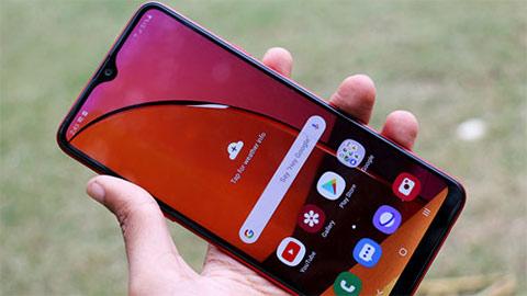 Samsung Galaxy A20s đẹp mê ly, pin 4000mAh giảm giá 'kịch sàn' tại VN, khiến fan sửng sốt