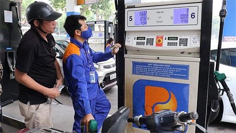 Giá xăng dầu hôm nay 2/8: Covid-19 gây áp lực lên giá dầu