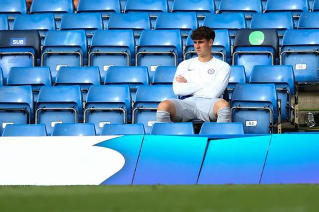 Kepa có lẽ chẳng còn tương lai ở Chelsea