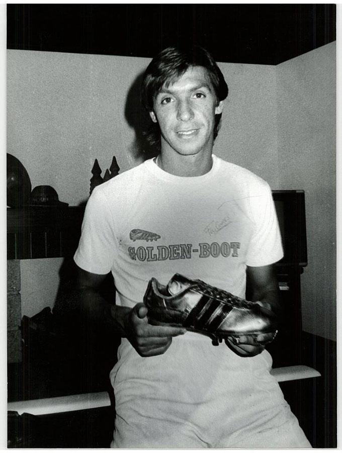 Tiền đạo Fernando Gomes người Bồ Đào Nha đã ghi 36 bàn cho Porto mùa 1982/83.