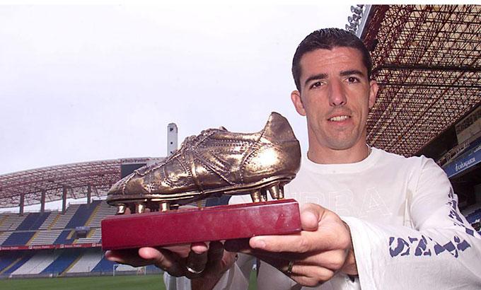 29 bàn thắng của Roy Makaay cho Deportivo đã mang về cho ngôi sao người Hà Lan giải thưởng mùa 2002/03.