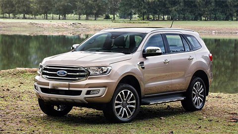 Ford Everest giảm kỷ lục, xuống mức 'không thể tin nổi', đấu Hyundai Santa Fe, Toyota Fortuner