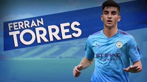 Ferran Torres kiểm tra y tế ở Barcelona trước khi gia nhập... Man City trong hôm nay