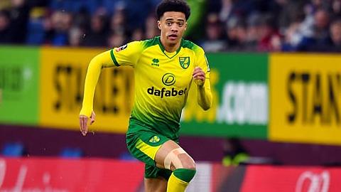 Liverpool bị Norwich làm khó trong nỗ lực tìm người ''đóng thế'' Robertson