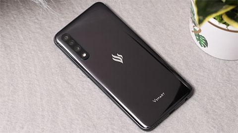 Vsmart Live 4 với Snapdragon 720G, pin 5000mAh, 4 camera sau, giá rẻ bất ngờ, sắp ra mắt?