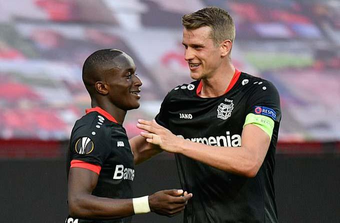 Leverkusen không còn đồng hương ở tứ kết Europa League