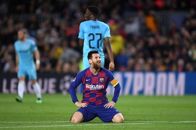 Messi vẫn phi thường như mọi khi nhưng có thể phải đối diện mùa giải trắng tay với Barca