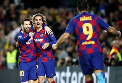 Tại Champions League mùa này, Barca toàn thắng khi Suarez, Messi và Griezmann (từ trái qua) cùng hiện diện trên sân