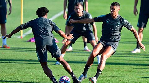Ronaldo tính triệt hạ Cuadrado sau khi bị bắt chước kiểu ăn mừng