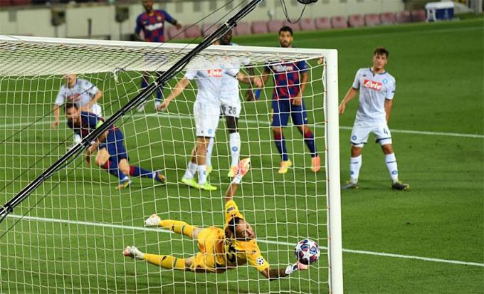 Messi ghi bàn thắng nâng tỉ số lên 2-0