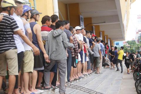 DNH Nam Định có lợi thế cực lớn là sở hữu lượng CĐV khổng lồ - Ảnh: ĐỨC CƯỜNG