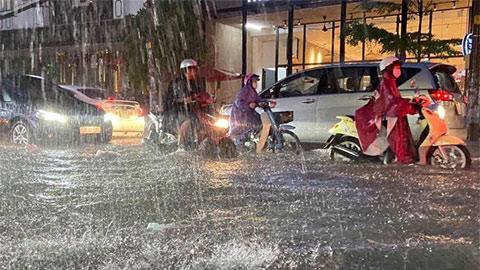 Dự báo thời tiết hôm nay 11/8: Cảnh báo mưa lớn ở Nam Bộ và Tây Nguyên