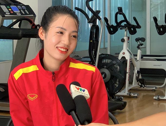 Trần Thị Duyên cảm thấy may mắn khi được bác sỹ Choi đưa ra những phương pháp tập luyện thúc đẩy tiến trình hồi phục chấn thương
