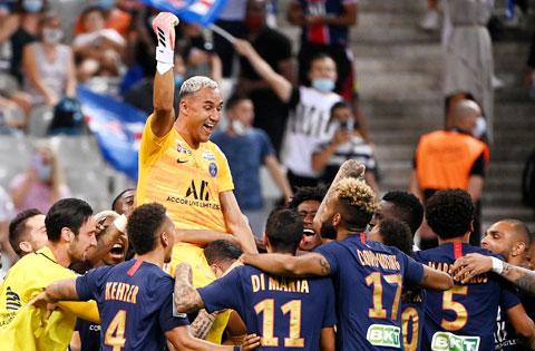 Với 3 lần vô địch Champions League, Navas chính là điểm tựa của PSG ở đấu trường này