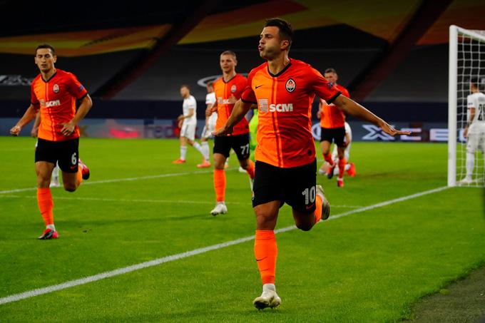 Júnior Moraes mở tỷ số ở giây thứ 100 của trận đấu