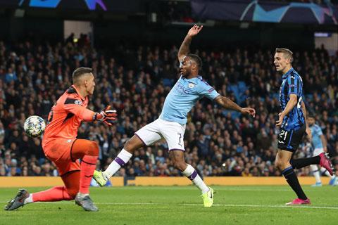 Hiệu suất ghi bàn của Sterling cho Man City tăng mạnh sau từng mùa giải